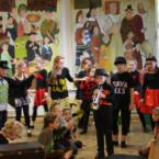 """Jakob Westholmi Gümnaasiumi 3a klass mängis näidendit """"Lutikas Leemeti leiunurk"""""""